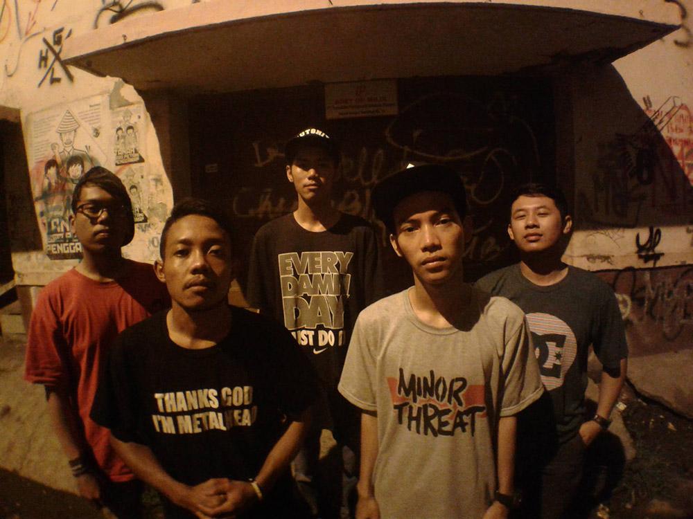 KDRT Mosh Crew